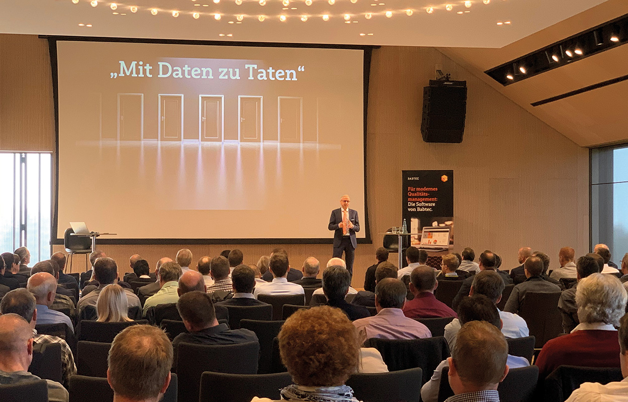 Lutz Krämer, Head of Products at Babtec, during his presentation at the Öschberghof in Donaueschingen
